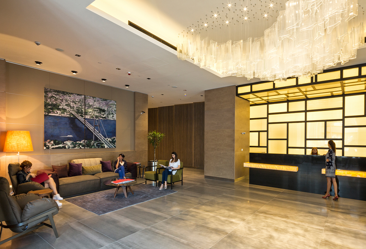Own your smart apartment and live in 7 star hotel in Istanbul's Maslak